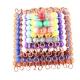 Pyramide de perles colorées