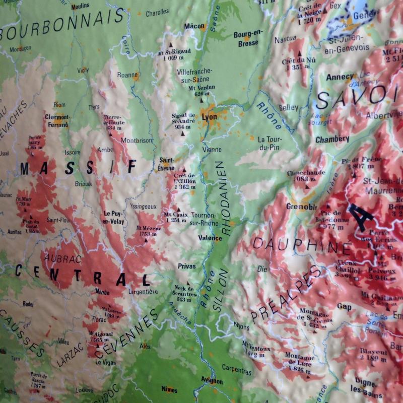 Carte 3D de la France physique.